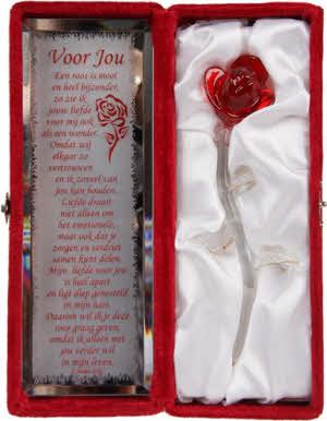 Gedicht Spiegeltje Voor Je Liefste Geef Een Romantisch Cadeau